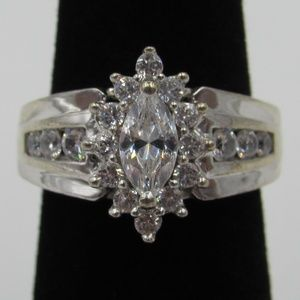 Vintage Size 5 Sterling Stunning CZ Diamond Ring